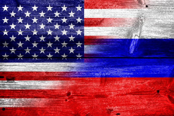 Flags_USA_Russia_1812091